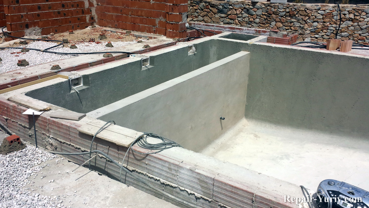 Swimming Pool Repair Work By Yuriy